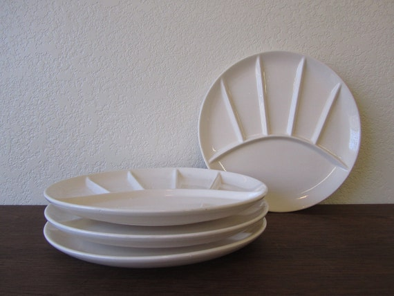 Set of 4 Retro Divided White Plates