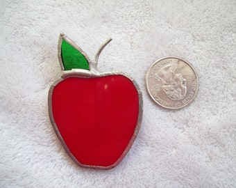 Vtg Pin Stained Glass Apple--P166