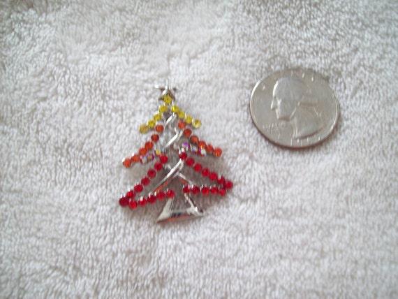 Vtg Christmas Pin- Rhinestone Christmas Tree-X623