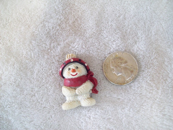 Vtg Christmas Pin- Snowman-X565-Only 2 Dollars-WOW