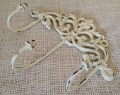 Distressed hook swirly shabby chic 3 hook key or coat hook hanger metal iron cream off white