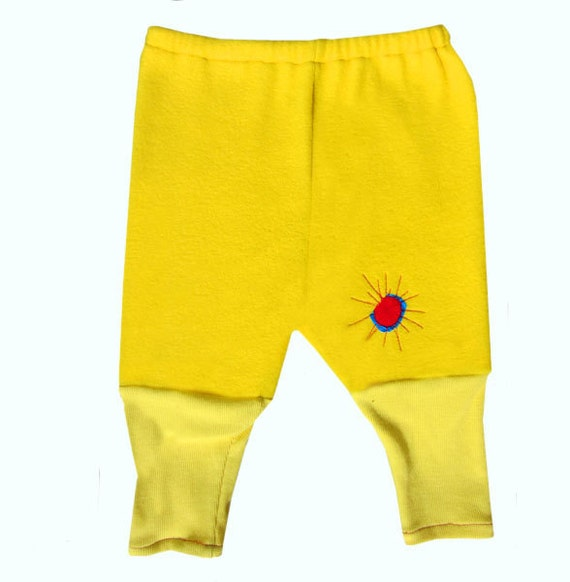 Colorful fleece pants that coordinate with the yellow Ravel jacket, Toddler size 12-18 months, unisex, baby fleece pants