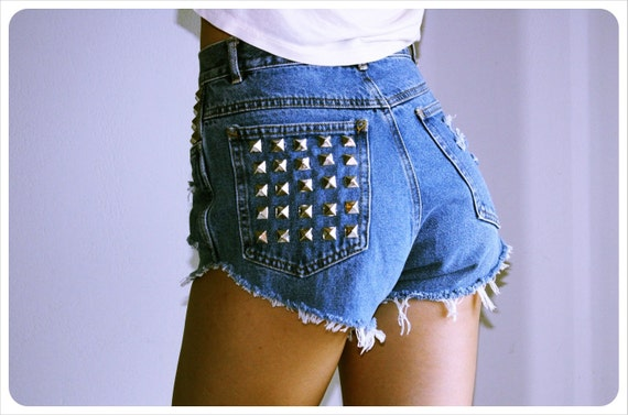 vintage blue jean silver studded destroyed highwaisted cutoff denim shorts small