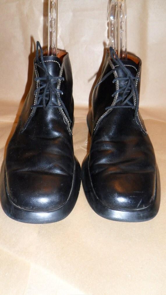 "AuthenticTOD'S (ITALY) men's  black leather ""Desert/Chukkah Boot"" size: Italy 42, US mens 9"