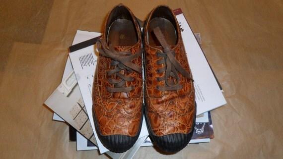 SALE 20% off....Vintage PF FLYERS Men's rubber toed leather wingtip brogues size 43 Eur/ US9-9.5