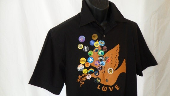 Men's vintage 1960's style Paul Smith (UK) Peace and Love motif short sleeved button front black shirt: size MEDIUM