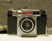 Anny 44 Vintage 1960 Japanese Camera with case