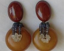 """Boucles d'oreilles clips en matières naturelles (ambre, pierre de lune, yolite, jaspe rouge) """"LUNE DE MIEL"""""""