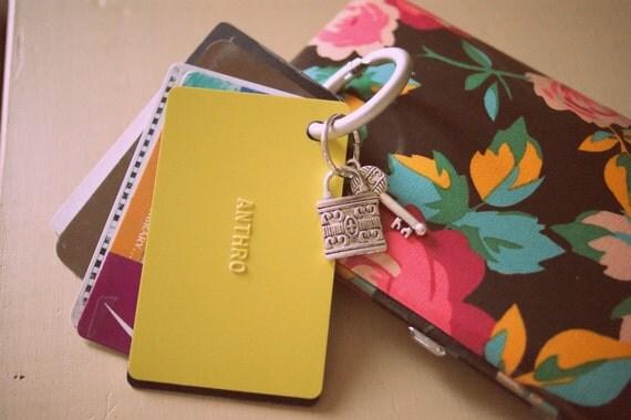 Purse Organizer: The Card Keyper