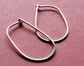 Oval Hoop earrings . Argentium Silver . Medium 1.5 inches . Simple Classy Modern