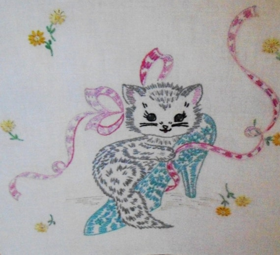 Vintage Table Runner Embroidery Kitty Cat