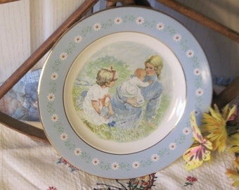 Collector Plate,Vintage Plate,Avon Collector plate, Mom Plate, 1974 Tenderness Commemorative Plate for Avon Representative /:)S