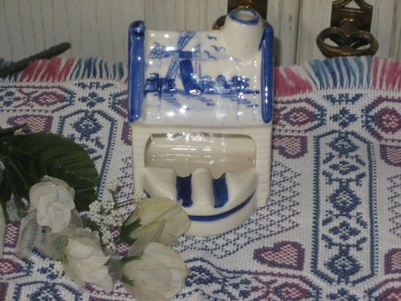 Delft Blue House Ash Tray Pretty Cute