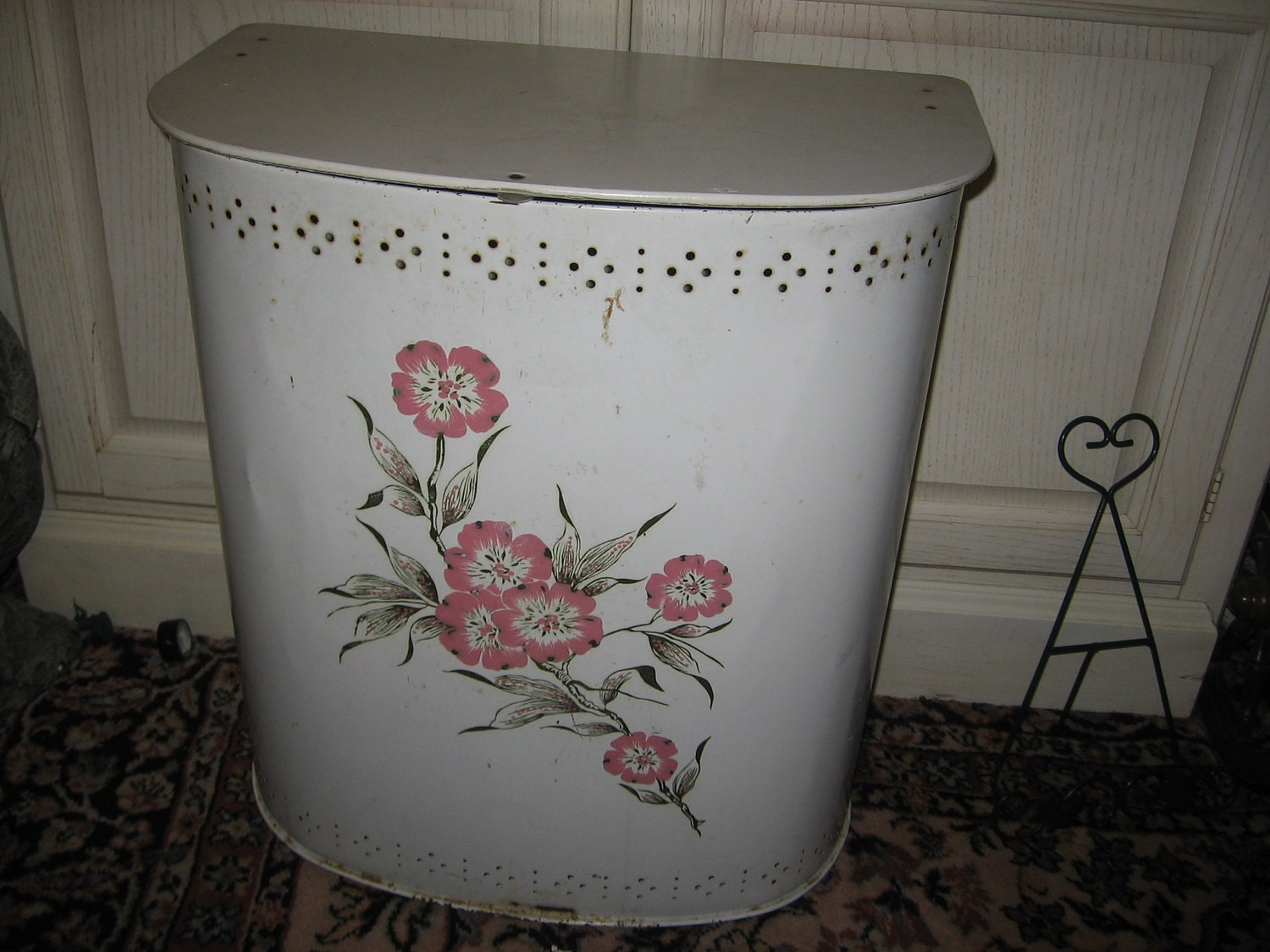 Vintage COTTAGE Chic Metal Laundry Hamper With Roses On It