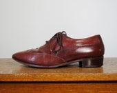 vintage shoes / oxfords / pointy toes (size 9 men's, women's 10.5)