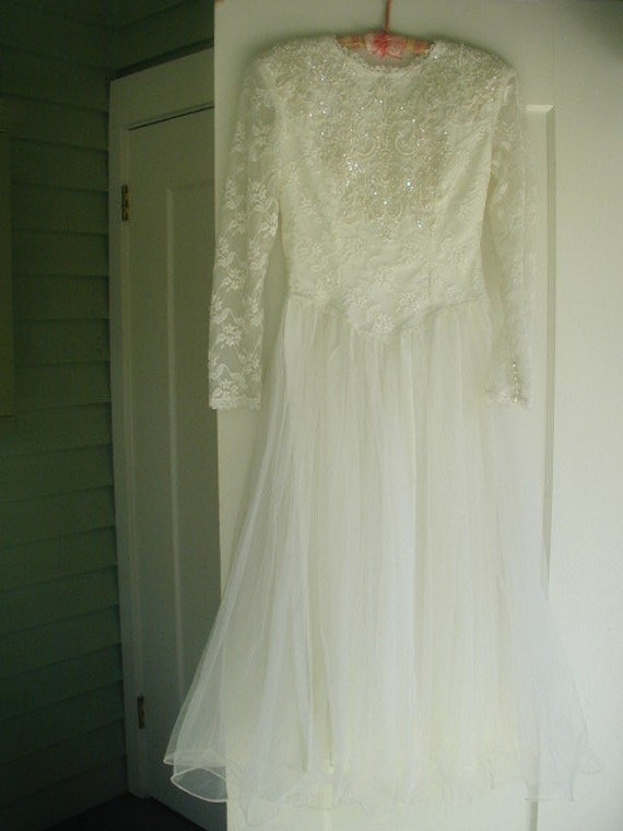 Vintage Tea Length Wedding Dress  Lace Tulle with Sequins Pearls and Pearl Buttons 1960's