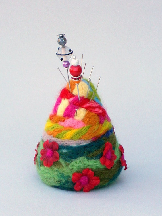 Needlefelted pincushion