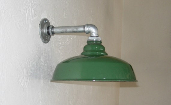 Green Enamel Wall Lights : VINTAGE BARN LIGHT Wall mount 12 Vintage Porcelain