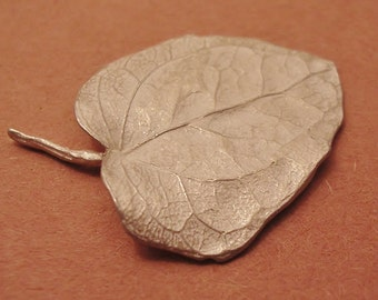 English ivy leaf large sterling silver leaf cast ivy leaf  UL015-1