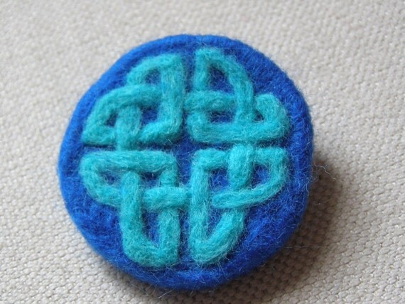 Needlefelted Brooch, Felted, Celtic Knotwork, Blue, Circular, Scottish.