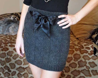 Cables and Curves Grey Cable Knit Skirt with Bow KNITTING PATTERN INSTRUCTIONS