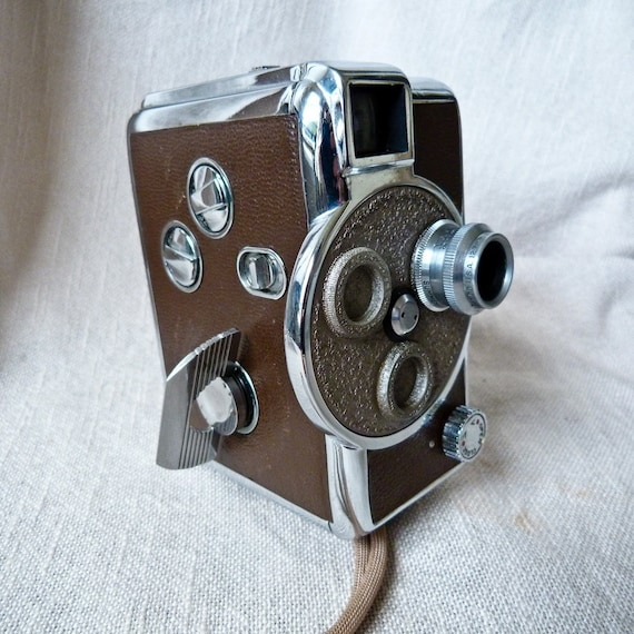 Vintage Revere Model 44 8mm Video Camera With Original Carrying Case