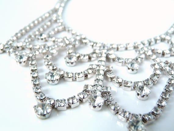 Vintage White Rhinestone Necklace
