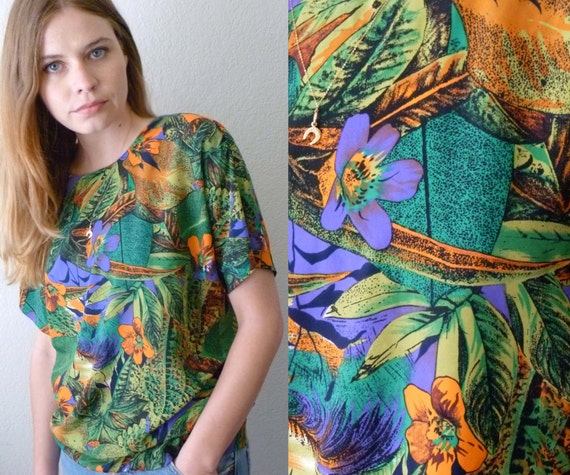 90s TROPICAL Silky Short-Sleeved Blouse