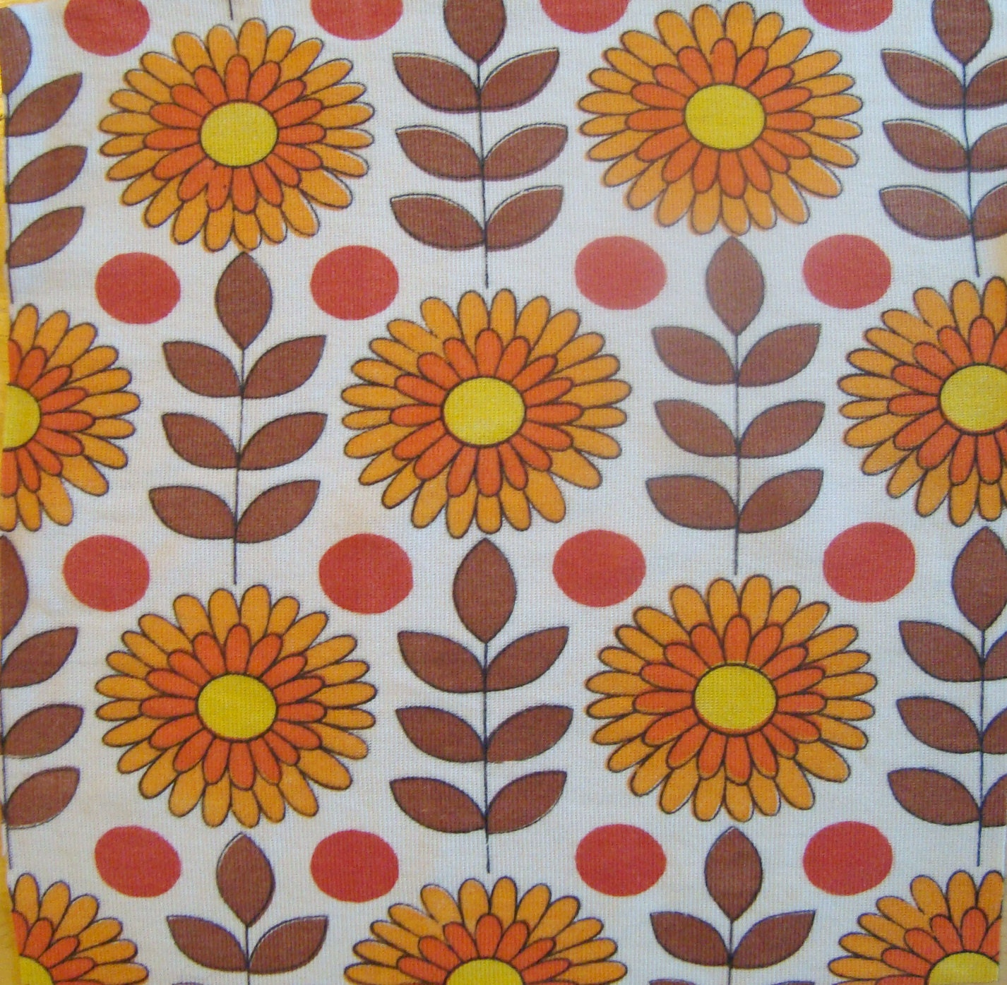 Vintage sunflowers retro fabric remnant for Fabric remnants
