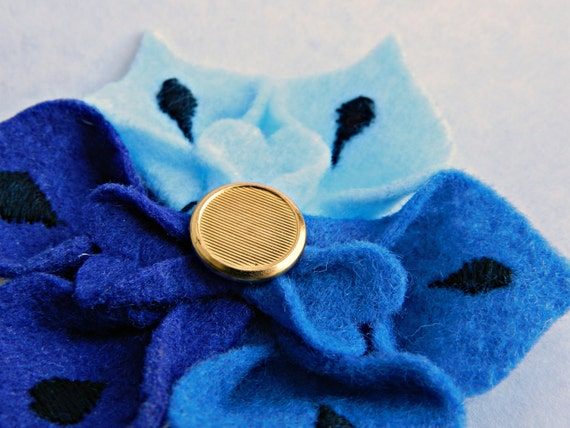 Felt Flower Hair Clip in Colorblock Blue with Vintage Gold Button, Baby Blue, Navy, Black Mehndi / Henna Design - OOAK Brooch / Accessories
