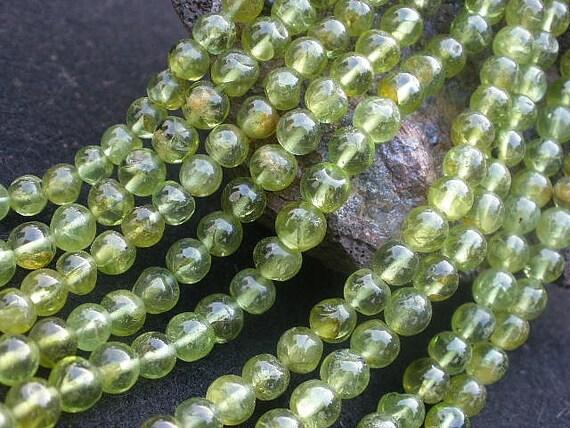 Natural Gemstone Peridot 5 to 6mm Round Beads Full Strand