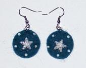 Dark blue felt earring with star