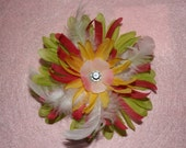 Floral bow with feathers and gem