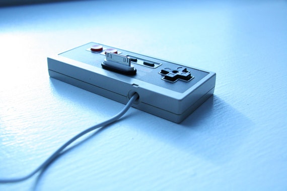 Upcycled Nintendo (NES) Controller iPhone / iPod dock