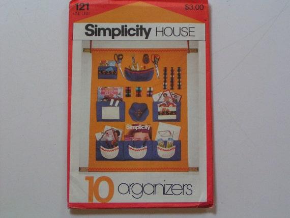 Vintage Simplicity 121 House 10 Organizers Sewing Nursey Travel Closet Kitchen Shower