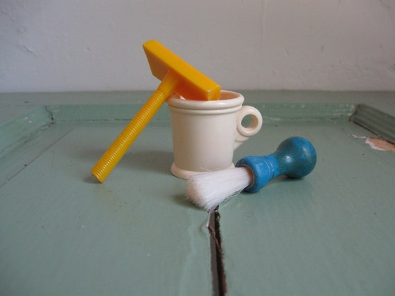 Vintage Toy Shaving Kit by Hasbro- Razor, Mug and Brush