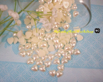 8mm flatback Heart  pearls 50pc