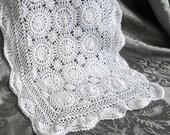vintage table runner, white table runner, crocheted, vintage crocheted tablecloth