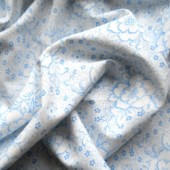 vintage fabric, 33, for patchwork, quilting or pillowcases, antique,  blue floral fabric, french fabric