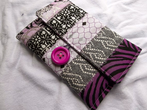 Kindle, Kindle Paperwhite, Kindle Paperwhite 3G Cover OOAK Handmade Quilted Cotton - Purple & White