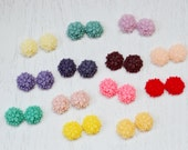 26pcs 14mm Mixed Lovely Beautiful Resin chrysanthemum Flower Cameo Cabochon Base Setting Pendants Charm Pendant New Design Resin Rose