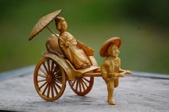 Vintage Celluloid Figurine Geisha Asian Japanese Cart Umbrella wheels