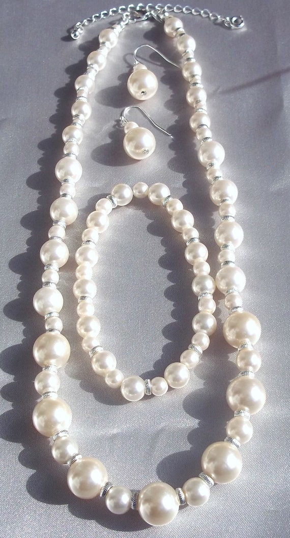 Vintage White Pearl Jewelry Set with Silver Spacers marked NWT