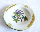 Herend Queen Victoria Green Tea Saucer 7706/VBO - 24k Gold Accented