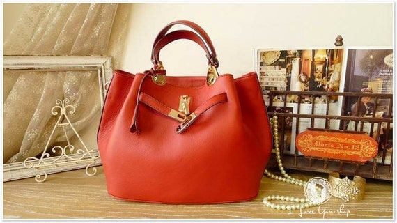 Leather Tote Bag - Shoulder Bag - Handbag in Fresh Red