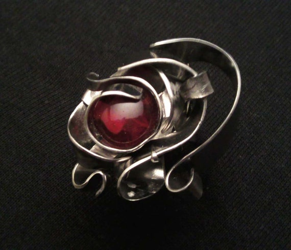 50% OFF on Royal Red Eye Ring