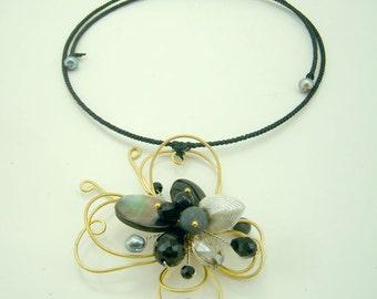 Black butterfly flower onyx,crystal,shell,crystal,onyx choker
