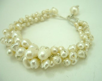 Wedding bridal, bridesmaid white freshwater pearl bracelet.