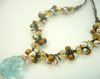 Drop aquamarine,freshwater pearl peandant