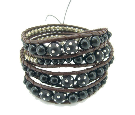 Onyx,crystal ball,silver beads hand knotted on leather